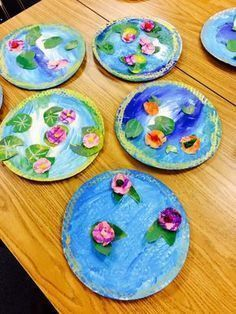 It's Art Day!: Monet's Pond. A great project even for students with fine motor challenges and other special learning needs. Get all the directions at: http://itisartday.blogspot.com/2015/02/kindergarten-reflection-collage.html