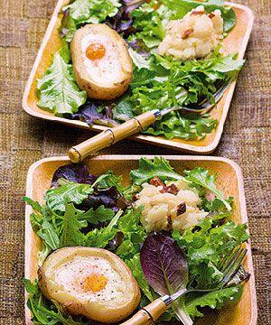 Batata assada com ninho de ovos