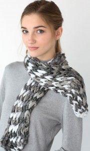 loom knit zippy scarf sashay small