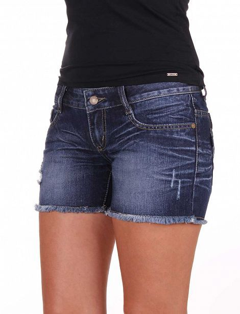 Женские Шорты Tiffosi  TIFFOSI – португальский модный бренд с 34-летней историей, основным направлением которого являются джинсы. Именно в них он добился максимального успеха, проведя соответствующие разработки и ноу-хау и создав идеальную подгонку по фигуре, эластичные ткани и огромное разнообразие моделей с разной посадкой.  Среди них регулярная линия, джинсы скинни, бойфренд, прямые и широкие, с низкой или высокой посадкой, двойным ремнем, рваные и классические, потертые, зауженные и…
