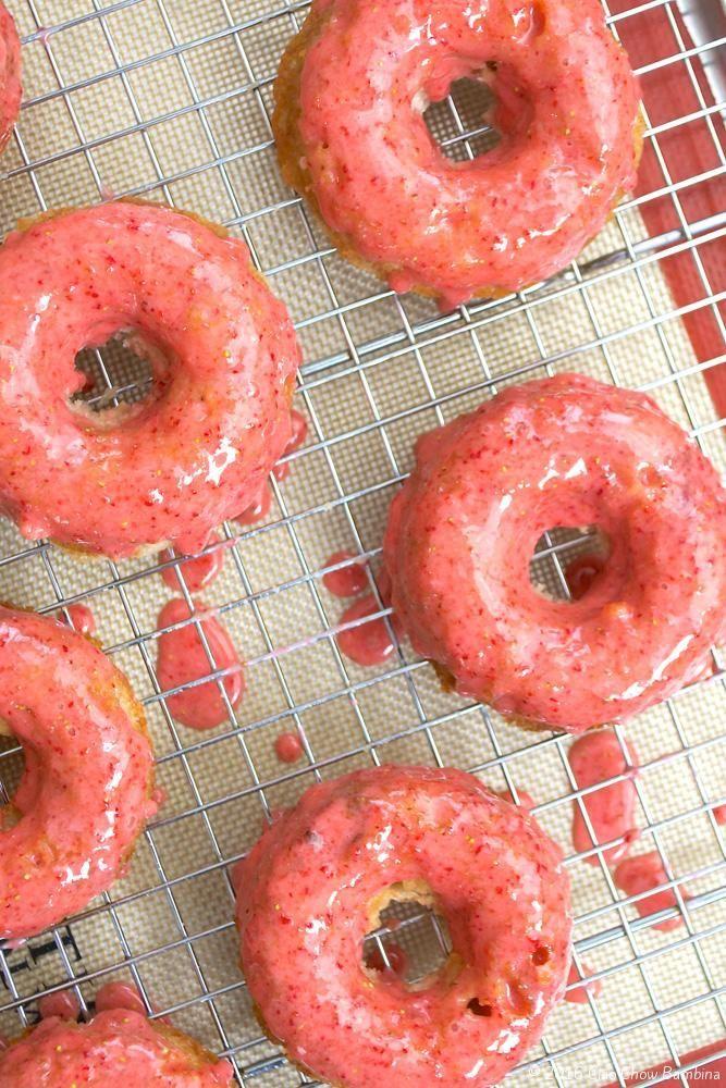 Baked Strawberry Doughnuts with Fresh Strawberry Glaze http://ciaochowbambina.com