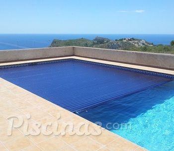 Láminas solares de policarbonato para calentar la piscina
