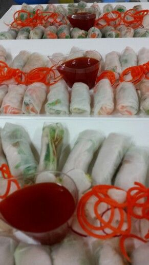 Veg, prawn and chicken rice paper rolls with sweet chilli dipping sauce.