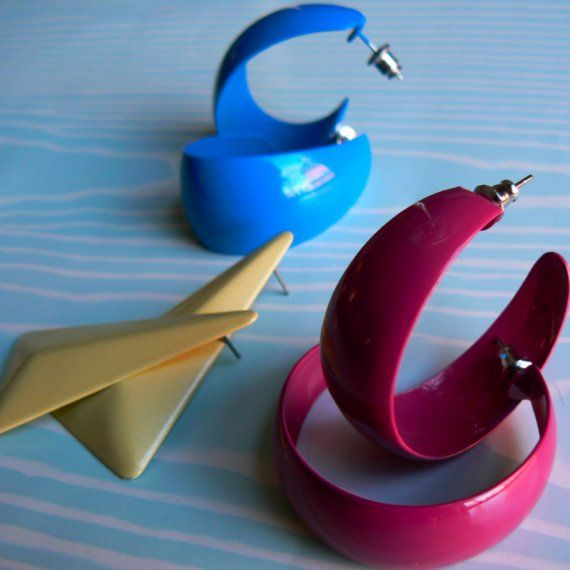 Bright Geometric 1980's earrings super fun by 20somethingvintage, $11.95