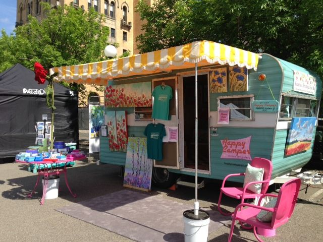 Happy Camper Mobile Art Gallery: PHOTOS ~ Love this idea :)