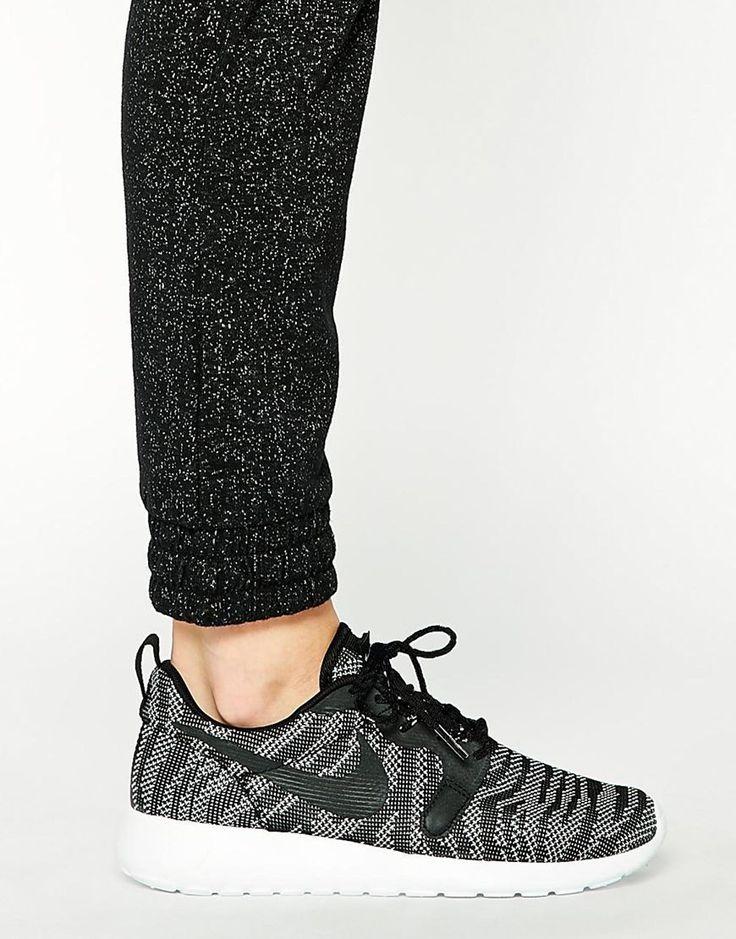 Immagine 4 di Nike - Roshe Run - Scarpe da ginnastica in jacquard