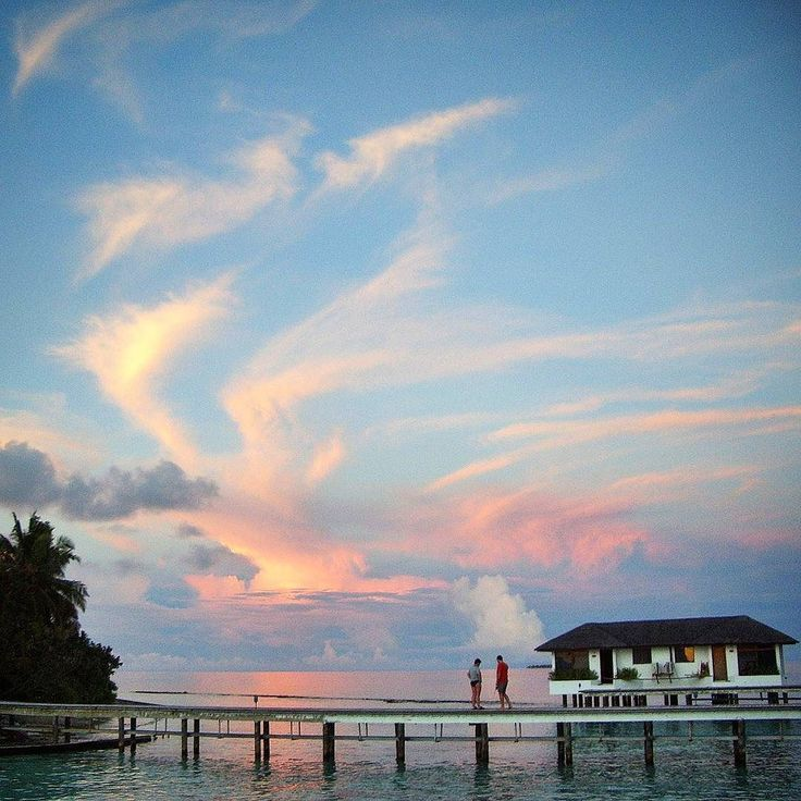 It's not a dream! It is a dramatic maldivian sunset!