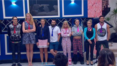 #BigBrother #BBAu #Nominations Who will be the first house mate evicted from the Big Brother house in 2014? Check out our alternative theory at http://oztvreviews.com/2014/09/big-brother-first-ever-pairs-nominations/
