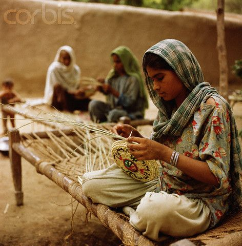 Weaving Baskets in Pakistan