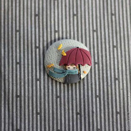 a mano broche.  El otoño lluvioso.  Broche.  Gulnara Zielinska (broches).  Tienda en línea Feria Maestros.  gris