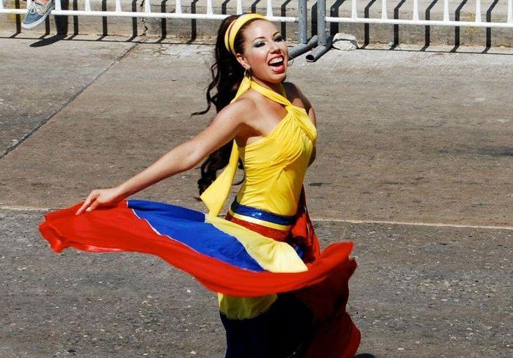 10 Ways to Describe Colombians