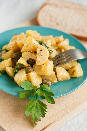 Салат из молодого картофеля с гуакамоле