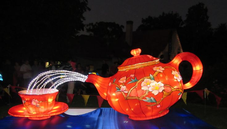 Read about Auckland's Chinese Lantern Festival @ awanderingwidow.blogspot.com