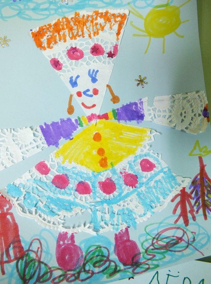 Снегурочка. Бумажная салфетка+фломастеры+ножницы+картон.