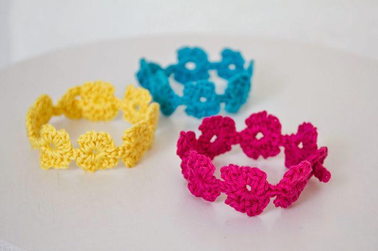 Svarta Fåret : Beskrivning virkade armband i Candy