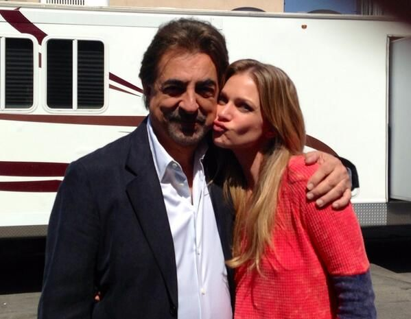 The wait is over. Season 9 starts tonight!!!! 9pm on CBS. Love this man. @JoeMantegna