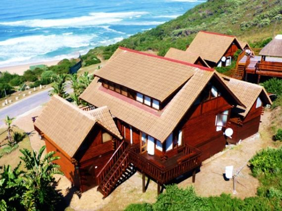 Brenton On Sea Chalets - Only a short drive from Knysna you'll find the seaside village of Brenton on Sea. With spectacular views of the ocean, this quiet little village will have you relaxed and rested in no time.  May it be ... #weekendgetaways #knysna #southafrica