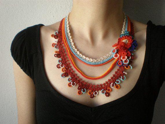 Tagetes Remotiflora... Crochet con cuentas por irregularexpressions