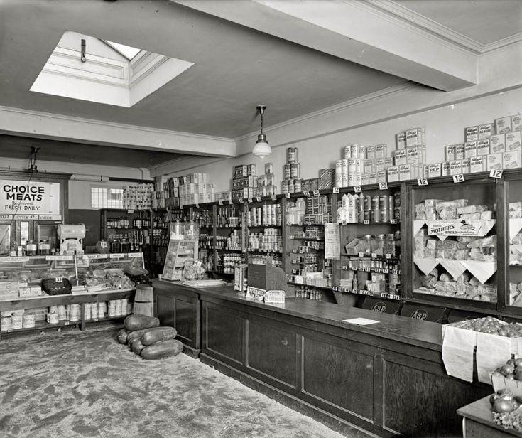 Washington circa 1924. Cathedral Mansions Grocery
