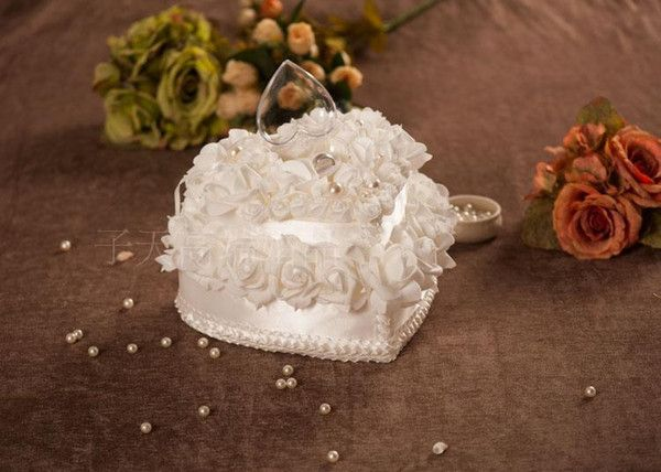 Double white cake ring pillow Heart-shaped european-style Korean wedding wedding wedding white ring pillow best selling
