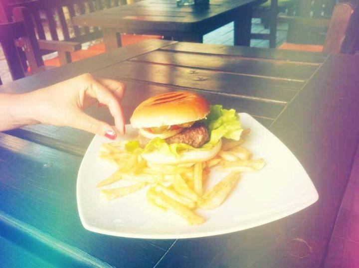 #daiazic Yummy burger <3