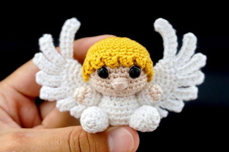 Stitch & Story x Miffy - Classic Miffy Amigurumi Crochet Kit - YouTube | 490x735