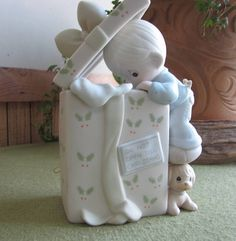 Precious Moments Do Not Open Until Christmas Music Box G Clef