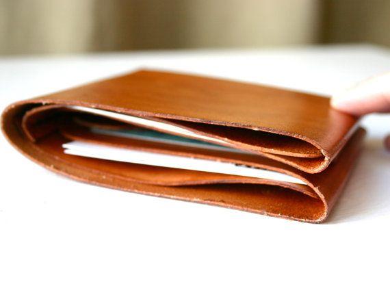 Portafoglio uomo in pelle portafoglio con tasche. di FatCatLeather