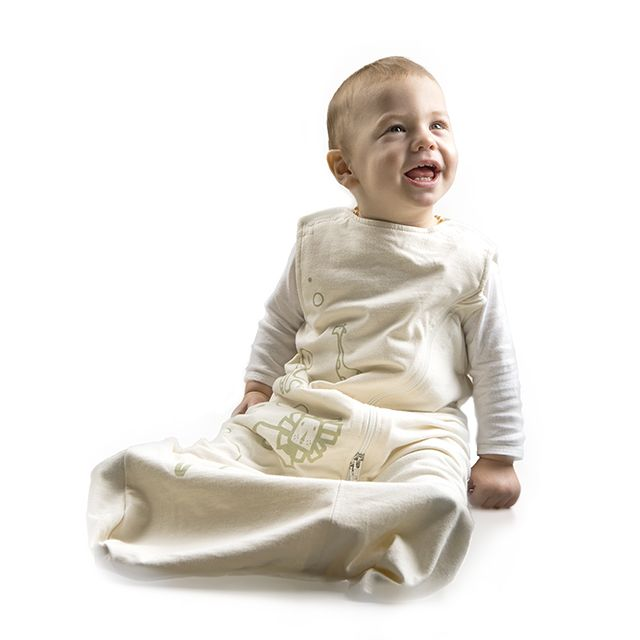 Use the Lola & Ben Baby Sleeping Bag from birth to 2 yrs - no need to buy one sleeping bag for different ages or seasons...the Lola & Ben sleeping bag suits all seasons.    * Zip In, Zip Out the ultra versatile Merino Baby Sleeping Bag Liners    * 100% Natural Materials    * The clever Seat Belt Slot enables you to take sleeping baby with you.    *  Use from birth up to 2 years, for ALL sleeps at home or out and about   *  Adjustable Neck Sizing, allowing room for newborns as they grow.