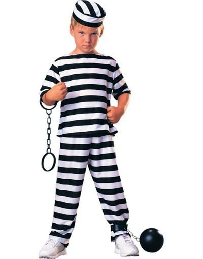 Pin for Later: 20 Seriously Questionable Costumes For Kids An Escaped Prisoner Halloween costumes are a great way for kids to dress for their dream job. And we hope that isn't a convict.