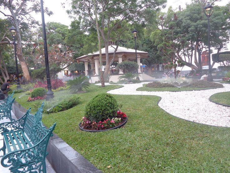 sistemas de rigo para jardines públicos.