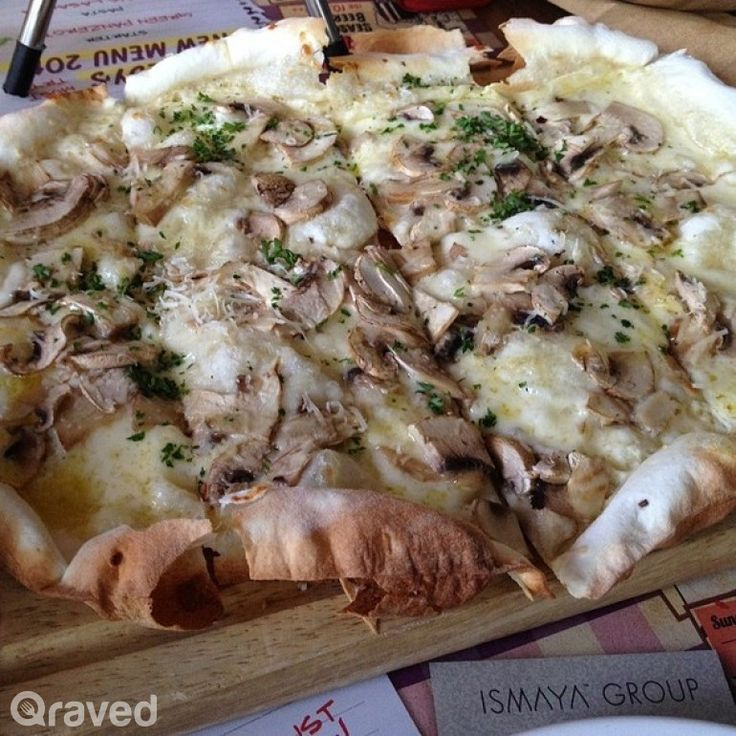Mushroom Truffle Pizza at Pizza é Birra Plaza Indonesia Extension