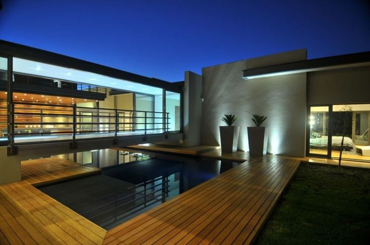 Nico van der Meulen designed the Abo House in Limpopo, South Africa.