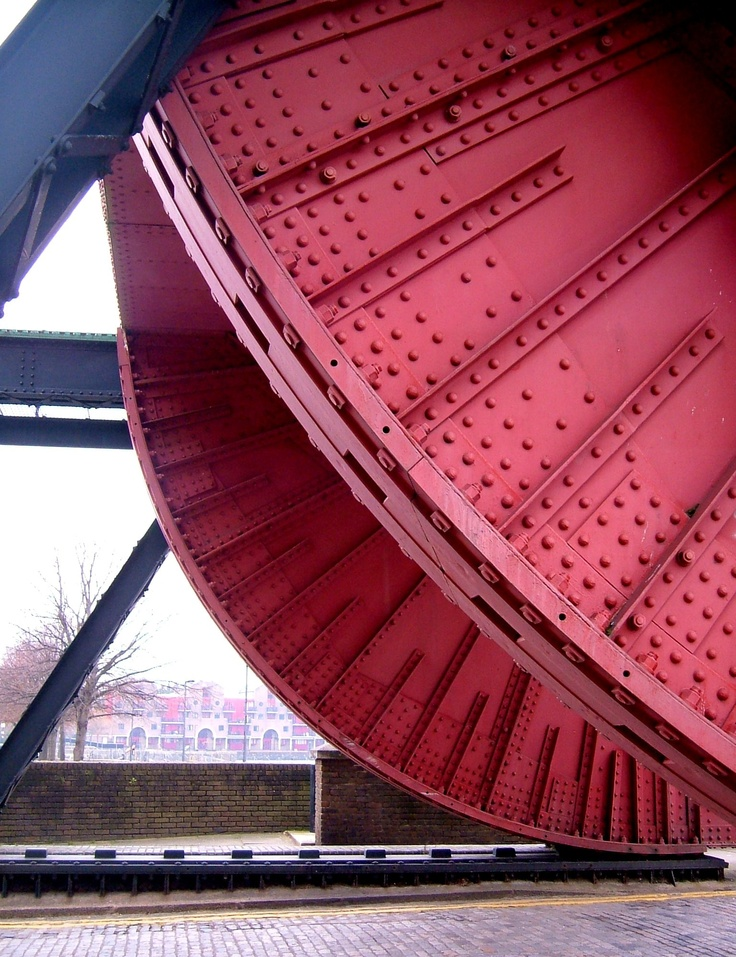 The bascule bridge between Shadwell Basin and the Thames