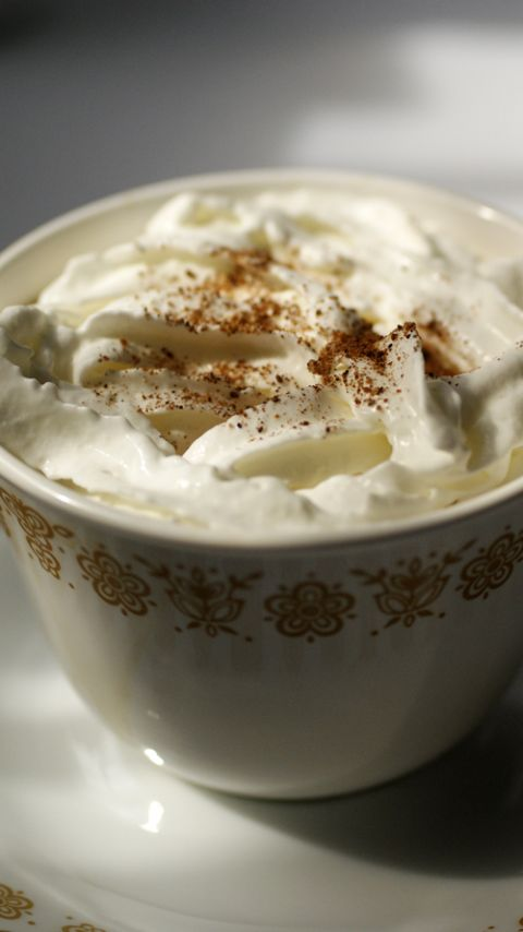 Starbucks Cinnamon Dolce Latte Recipe no special machines or syrups required.