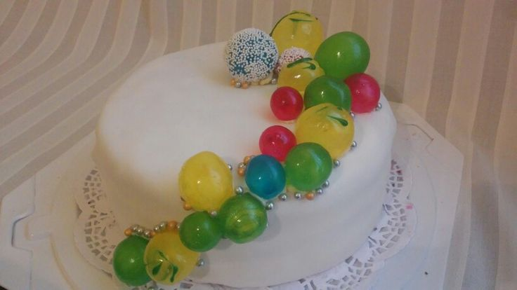 Gelatine bubbles cake