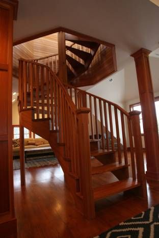 Best A Spiral Staircase That Goes To The Cupola 325B Ocean 640 x 480