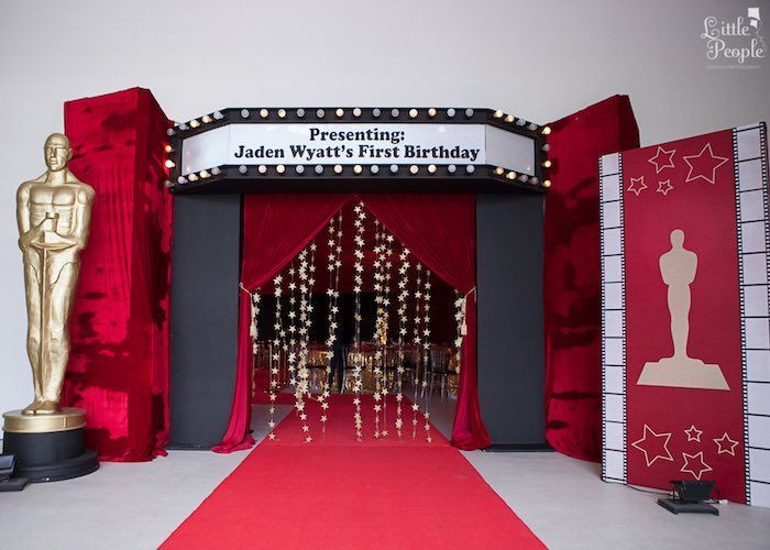 Entrance to a Hollywood + Oscars Inspired 1st Birthday Party via Kara's Party Ideas KarasPartyIdeas.com (16)
