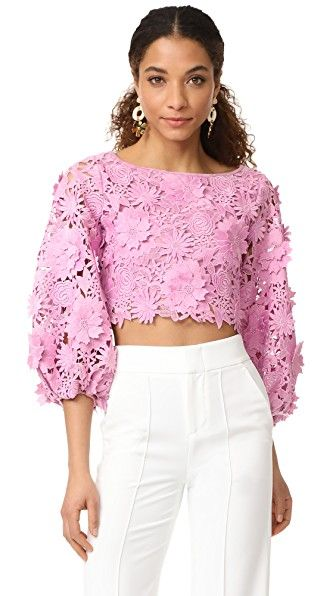 ¡Consigue este tipo de camisa estampada de Milly ahora! Haz clic para ver los detalles. Envíos gratis a toda España. Milly 3D Floral Embroidery Camilla Top: Flower appliqués bring striking dimension to this delicate lace Milly blouse. Wide neckline. Sheer bishop sleeves. Tonal lining. Fabric: Guipure lace. Shell: 100% polyester. Trim: 92% polyester/7% polyamide/1% elastane. Lining: 54% nylon/33% silk/13% elastane. Dry clean. Made in the USA. Imported fabrics. Measurements Length: 16...