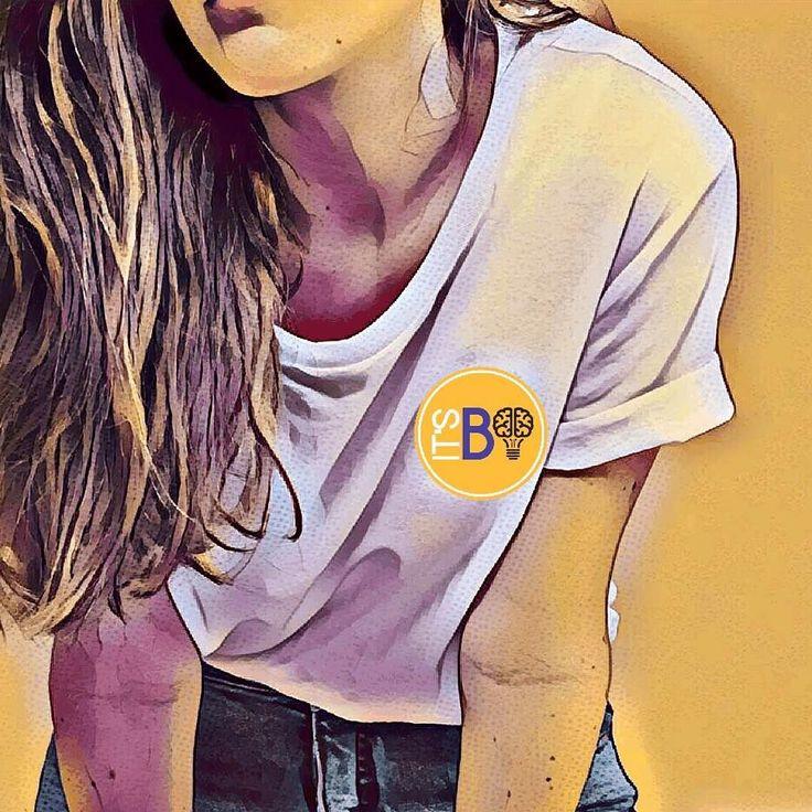 VOCÊ VESTE A CAMISA DA EMPRESA?  . O que é vestir a camisa da empresa na verdade?  Estamos no século XXI e muitos ainda acreditam que vestir a camisa é cumprir horários entregar suas obrigações no prazo levar trabalho pra casa e se matar pela empresa onde trabalha. . Infelizmente também muitos empregadores avaliam seus funcionários com base nisso e anseiam por uma empresa inovadora ágil e cheia de pessoas engajadas. . Já dizia Steve Jobs: Não tem sentido contratar pessoas inteligentes e…