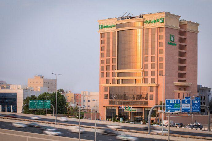 حجز في فندق بوابة هوليداي إن جدة طريق المدينة حي النزهة النزهة جد ة المملكة العربية السعودية يمكن للضيوف التمتع ب Building Multi Story Building Holiday Inn