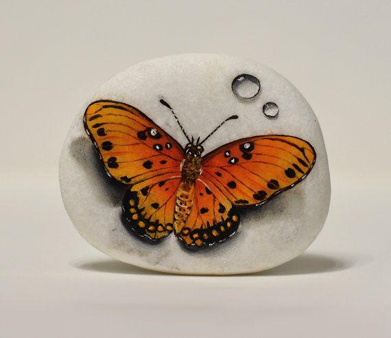 Painted stone sasso dipinto a mano. Orange by OceanomareArt