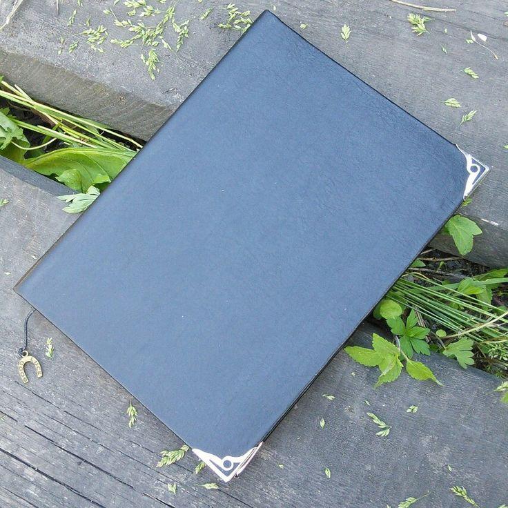 Блокнот. Обложка кожзам.#блокнот #ручнаяработа #записнаякнижка #book #notebook #handmade #beaty #art #запись #блокнотснуля #назаказ #подарок #идея #мечта #исполню