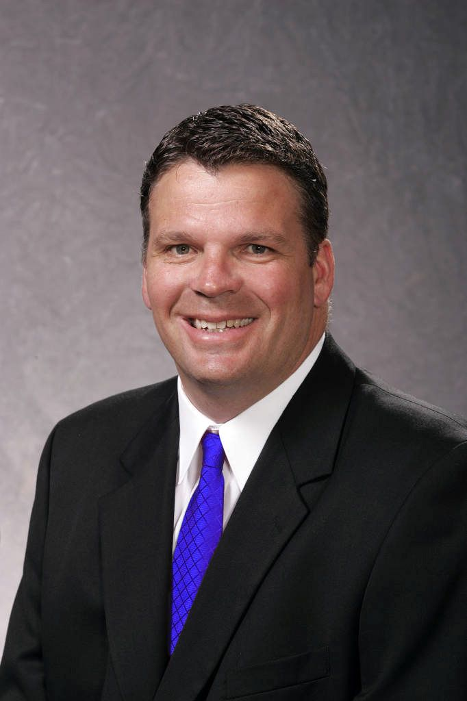 Creighton University men's head basketball coach Greg McDermott was named the United States Sports Academy's 2014 Alumnus of the Year for helping elevate the Bluejays program to the national spotlight in his first three years there.