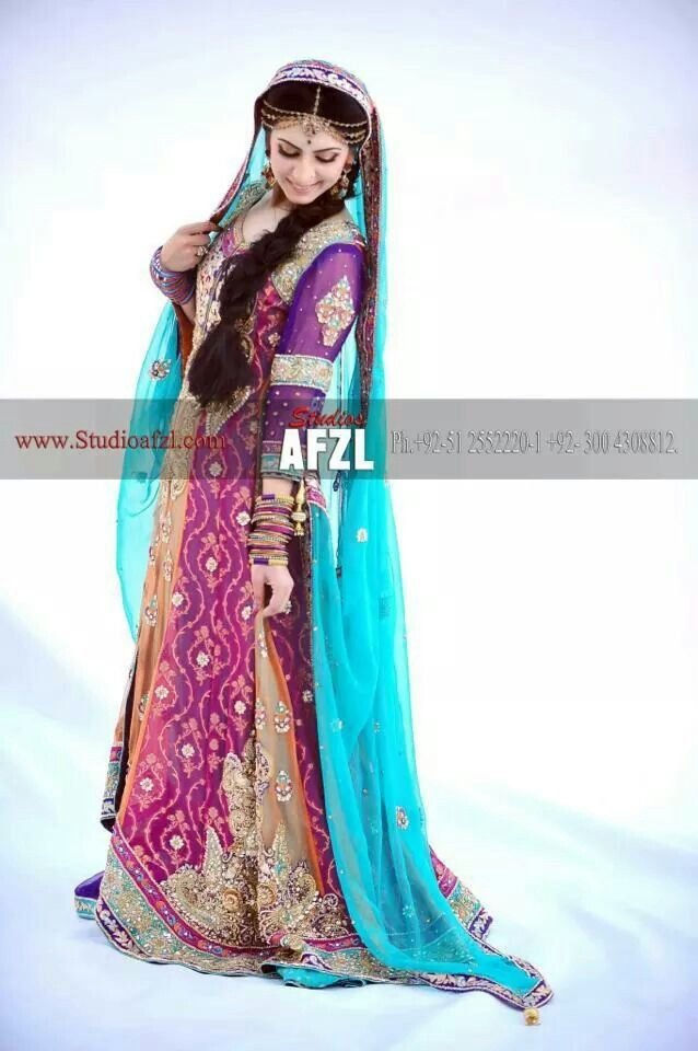 Perfect mehndi outfit