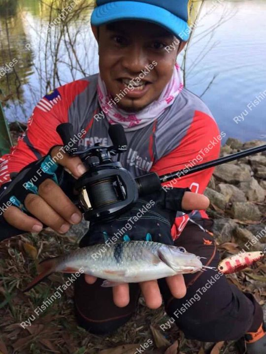 https://m.facebook.com/Ryufishingtackles/  POWER spoon 7g dan 11g  7g     rm17.00 1 box(4pcs)  3colour  11g   rm19.00 1 box  (4pcs)  3colour  pos : (wm) rm8.00 /(em) rm12.00  COD : bandar KUANTAN  call/whatsapp/wechat : 016-935-7702 call/whatsapp/wechat : 016-935-7702 call/whatsapp/wechat : 016-935-7702 #fishing  #fishinglures  #fishinglines  #fishingreels