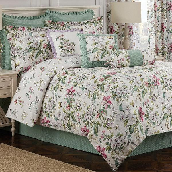 Second Hand Bed Sheets For Sale Luxurybeddingprincesses Info 4530111373 Exclusivebedlinenideas Bed Linens Luxury Luxury Bedding Master Bedroom Green Bedding