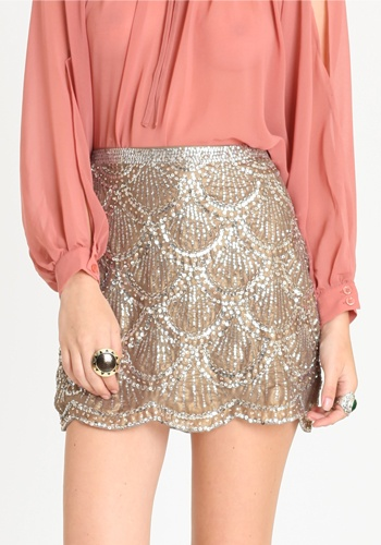 Love the scalloped design on the skirt