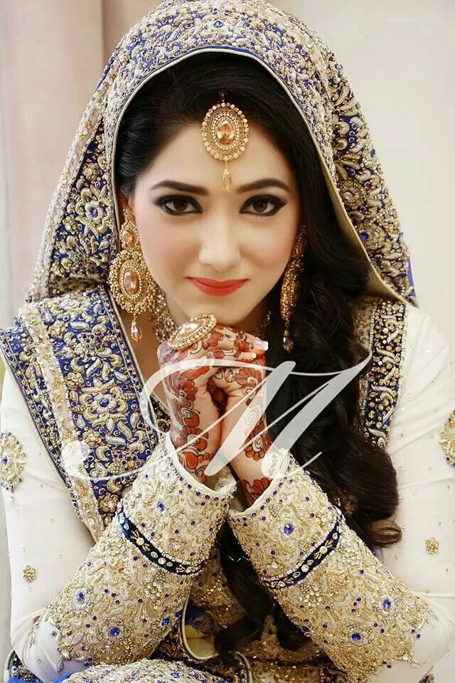♡Pakistan Bride - Gorgeous | love the sleeves | blue and white bridal dress for a nikah or walima