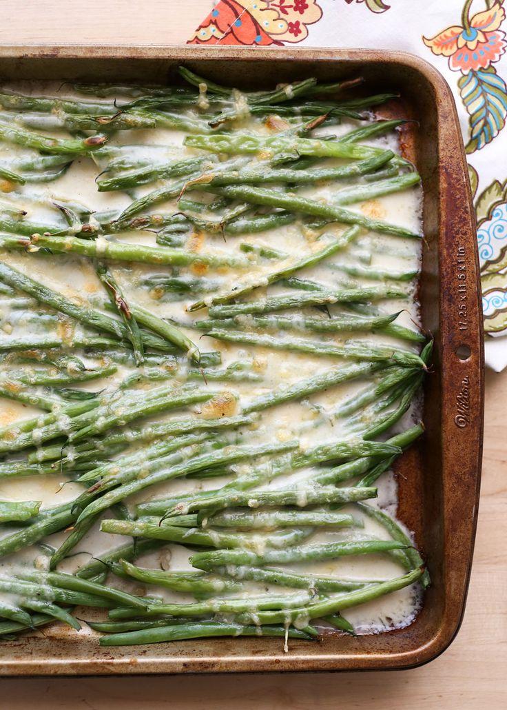 Crujiente judías verdes asados en salsa de queso cremoso, este Judía verde gratinado es perfecto para cualquier ocasión!